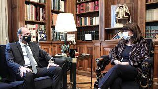 Υπουργός Άμυνας Κύπρου συνάντηση με την Πρόεδρο της Ελληνικής Δημοκρατίας