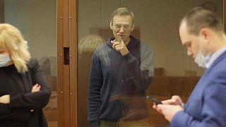 Navalny hace frente a cargos por difamación