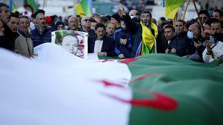 Des Algériens dans la rue pour le second anniversaire du Hirak