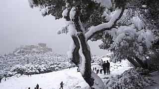 Dichte Schneedecke: Athen im Ausnahmezustand