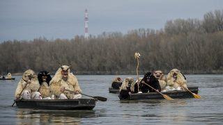 Carnaval de los busós de Mohács en el río Danubio,  Hungría 23/2/2021