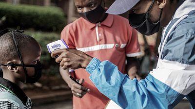 Guiné-Bissau registra casos de variantes do Covid-19 no Reino Unido e na África do Sul.