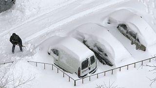 برف سنگین در اوکراین (عکس تزئینی است)