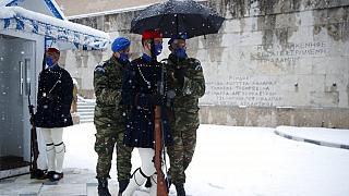 Sturmtief Medea lässt Athen im Schnee versinken