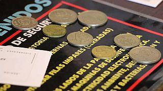 Le vecchie care pesetas spagnole: ora ci si può il pagare il biglietto del cinema.