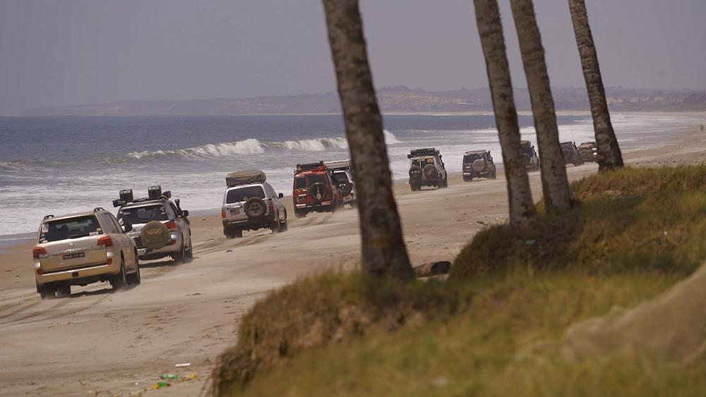 Luanda Port to the mouth of the River Onzo, a 4x4 driver's fantasy