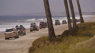 سیاحت در آنگولا؛ گردش با ماشین، از دل کوه و دشت تا ساحل دریا
