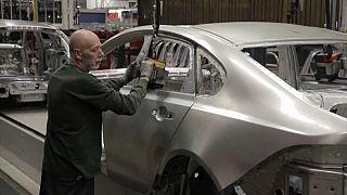 Pandemia afunda mercado automóvel