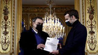 """وزير: تقرير المؤرخ الفرنسي بنجامان ستورا """"جاء دون توقعات"""" الجزائر"""