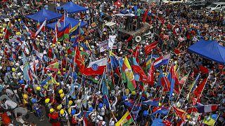 Manifestation contre le coup d'Etat militaire à Rangoon le 18 février 2021