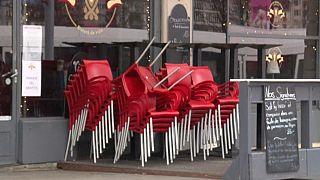 Geschlossenes Restaurant in Genf - Lockerungen des Lockdown in der Schweiz