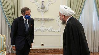 الرئيسالإيراني حسن روحاني والمدير العام للوكالة الدولية للطاقة الذرية رافائيل ماريانو غروسي/ 26 آب/أغسطس 2020 طهران