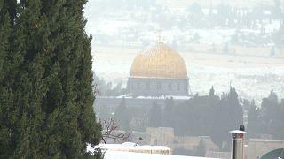 Στα λευκά ντύθηκε η Ιερουσαλήμ