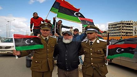 Les Libyens commémorent le 10e anniversaire de la chute de Kadhafi
