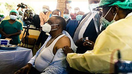 Le Zimbabwe a commencé la vaccination de ses soignants