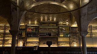 Theke der Giralda Bar in Sevilla