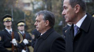 رئيس الوزراء السلوفيني يانيش يانسا ونظيره المجري فيكتور أوربان