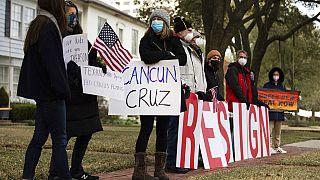 Le Texas paralysé par le froid ? Son sénateur Ted Cruz file à Cancun