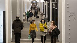 Újabb vírusvariáns jelent meg, ezúttal Japánban