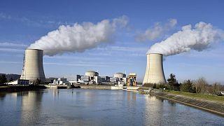 Fransa'da Golfech nükleer santrali
