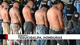 شاهد: اعتقال عناصر من عصابة مارا سالفاتروشا الإجرامية في هندوراس