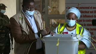 Nigeria comenzó su jornada electoral a las 8.00 (horal local) en lugar de las 7.00 cómo estaba incialmente previsto.