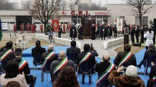 A due facce l'Europa del Covid. L'Italia supera 100.000 decessi