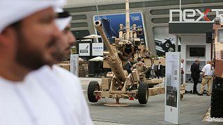 """صورة من داخل المعرض الدفاعي """"آيدكس"""" في الإمارات العربية المتحدة"""