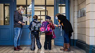 In Dresden hat die Grundschule schon am 15.2. begonnen