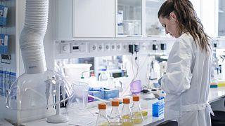 Kadın bilim insanı