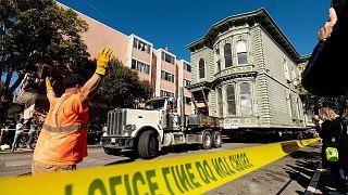 جابجایی خانه تاریخی در سان فرانسیسکو