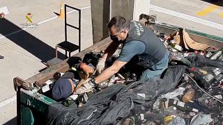 Guardia Civil encontra 41 migrantes escondidos em cargas