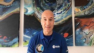 In collegamento con Euronews, l'astronauta italiano Luca Parmitano