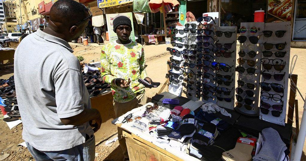 Soudan : la monnaie flottante diversément accueillie