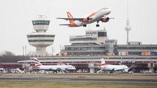 Boom di prenotazioni per Easyjet. In Gran Bretagna si guarda alle vacanze estive