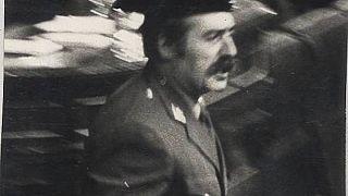 Antonio Tejero irrumpe en el Congreso de los Diputados el 23 de febrero de 1981.