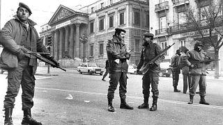 ساختمان پارلمان اسپانیا در محاصره نیروهای مسلح در روز کودتای ۱۹۸۱