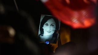 عکسی از خبرنگار افشاگر مالتی