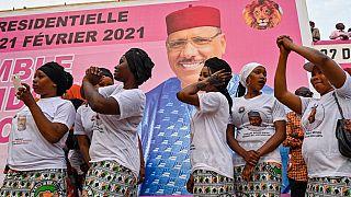 Des soutiens de Mohamed Bazoum, lors d'un meeting le 18 février à Niamey, Niger