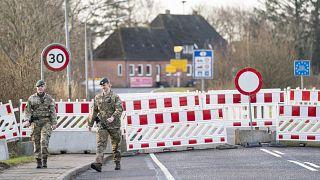 Uno de los pasos fronterizos cerrados en Mollehus entre Dinamarca y Alemania