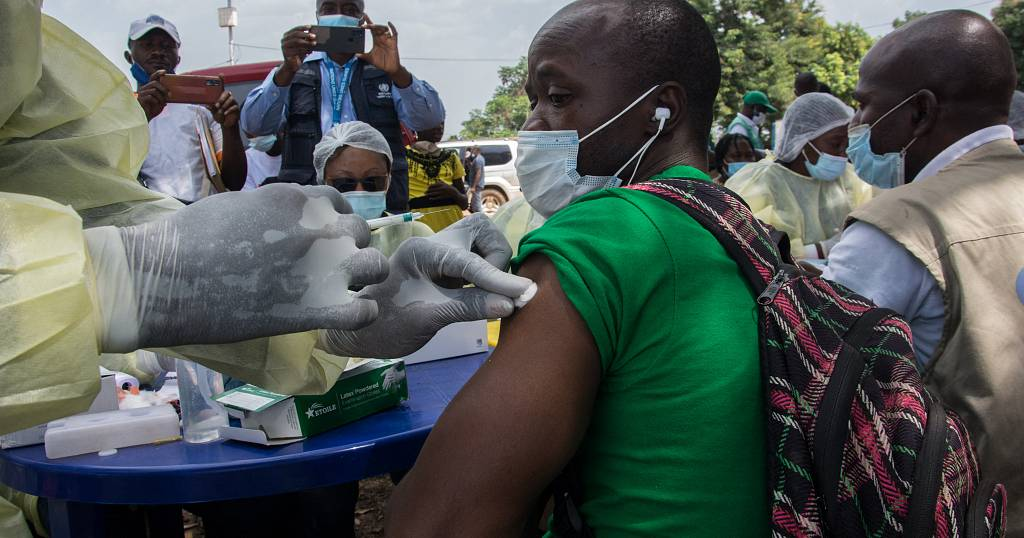 Guinea starts Ebola vaccination campaign to stem deadly virus spread - Africanews English