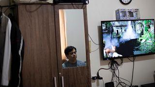 Çin'de boşanma davasında ev işlerine yardım etmeyen koca tazminata mahkum edildi
