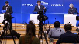 Três eurodeputados catalães poderão perder a imunidade