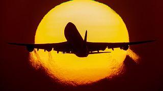 Взлёт Боинга 747
