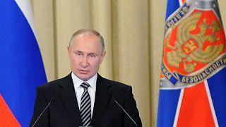 Vlagyimir Putyin a Szövetségi Biztonsági Szolgálat előtt mond beszédet 2021. február 24-én