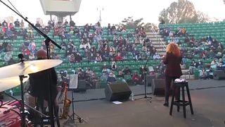 Τηρήθηκαν οι αποστάσεις στην συναυλία στο Τελ Αβίβ