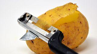 أميركي مشتبه بقتله ثلاثة أشخاص يعترف بأنه طها قلب إحدى ضحاياه مع البطاطا
