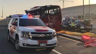 آثار حادث حافلة في دبي 07/06/2019. القيادة العامة لشرطة دبي، الإمارات العربية المتحدة.