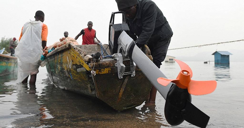 Motorboat company launches electric fishing boats on Lake Victoria | Africanews