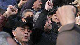 Armenia, tensione alle stelle: il primo ministro non si dimette